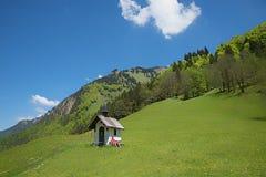 Piccola cappella nelle alpi di allgau Fotografie Stock Libere da Diritti
