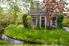 Piccola casa affascinante nei Paesi Bassi Immagine Stock Libera da Diritti