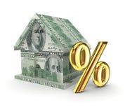 Piccola casa e le percentuali dorate di simbolo. Fotografia Stock