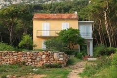 Piccola casa Mediterranea Fotografie Stock Libere da Diritti