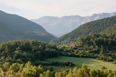 Piccola casa nei Pyrenees spagnoli Immagine Stock