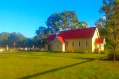 Piccola chiesa del villaggio Immagini Stock Libere da Diritti