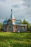 Piccola chiesa di legno a Sergeevo, Palekh, regione di Vladimir, Russia Immagine Stock Libera da Diritti
