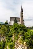 Piccola chiesa nelle alpi delle montagne Fotografia Stock Libera da Diritti