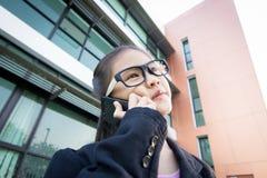 Piccola donna asiatica sveglia di affari Fotografie Stock Libere da Diritti