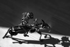 Piccola figurina del metallo fotografia stock