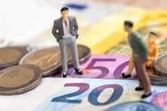 Piccola gente nell'euro immagine stock libera da diritti
