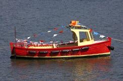 Piccola imbarcazione a motore di legno fotografia stock libera da diritti