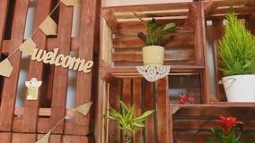 Piccola impresa Interno moderno del negozio di fiore Studio, decorazioni e disposizioni di progettazione floreale Fiorisce la con Immagine Stock