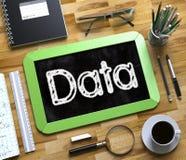 Piccola lavagna con il concetto di dati 3d Immagine Stock