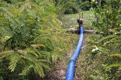 Piccola pompa in regione selvaggia Fotografie Stock Libere da Diritti