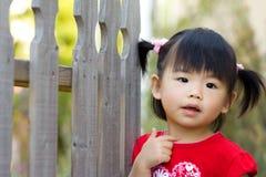 Piccola ragazza cinese asiatica sveglia Fotografia Stock Libera da Diritti