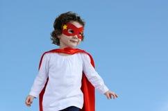 Piccola ragazza del bambino del supereroe Fotografie Stock Libere da Diritti