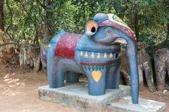 Piccola statua dell'elefante al santuario di Ayyanar Fotografie Stock