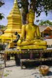 Piccola statua di Buddha Immagine Stock
