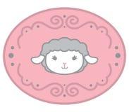 Piccola testa sveglia delle pecore del bambino di stile di Kawaii nell'elemento di progettazione di ellisse con l'iso dell'illust Immagine Stock