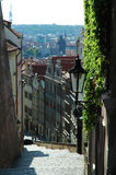 Piccola via di vecchia Praga Fotografia Stock