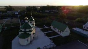 Piccola vista russa dell'aria della chiesa stock footage