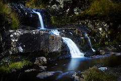 Piccole cadute ed insenatura in altopiano, Scozia Fotografia Stock Libera da Diritti