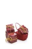 Piccole caselle rosse del regalo di Natale Immagine Stock