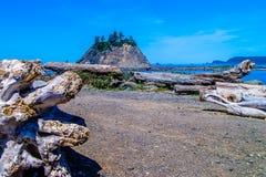 Piccole isole fuori dalla costa di nanowatt degli Stati Uniti immagine stock libera da diritti