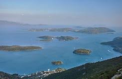 Piccole isole nel mare ionico fotografia stock libera da diritti