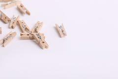 Piccole mollette di legno sveglie Immagini Stock Libere da Diritti