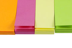 Piccole note di post-it variopinte Fotografia Stock