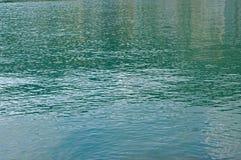 Piccole onde causate dal vento nel porto di Formia Italia Immagine Stock Libera da Diritti