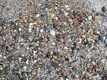 Piccole pietre sulla spiaggia Immagini Stock Libere da Diritti