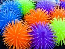 Piccoli beach ball colorati neon Immagini Stock Libere da Diritti