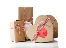Piccoli contenitori di regalo fatti a mano Fotografia Stock