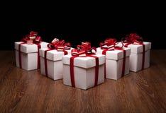Piccoli contenitori di regalo sulla tavola Immagine Stock Libera da Diritti