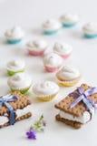 Piccoli dessert dolci Immagini Stock