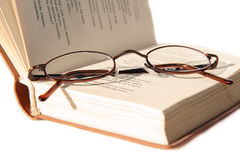 Piccoli vetri sul libro Fotografia Stock Libera da Diritti