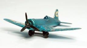 Piccolo aereo di combattimento d'annata del giocattolo Fotografia Stock