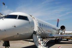 Piccolo aeroplano bianco 928 del jet Fotografia Stock