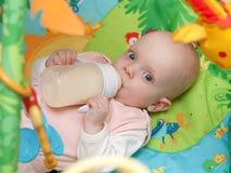 Piccolo bambino Fotografie Stock Libere da Diritti