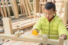 Piccolo carpentiere Fotografie Stock Libere da Diritti