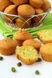 Piccolo dessert dei bigné con i pistacchi Fotografie Stock