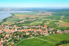 Piccolo e villaggio pittoresco in Moravia del sud Fotografia Stock