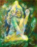 Piccolo elven lo spirito leggiadramente che si siede nell'erba, bella fantasia Fotografia Stock