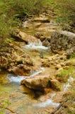 Piccolo fiume in Crimea, grande canyon, sorgente fotografia stock libera da diritti