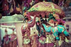 Piccolo giocattolo dell'elefante nel haat di dilli Fotografia Stock