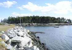 Piccolo iinlet sulla costa di Maine Immagine Stock Libera da Diritti