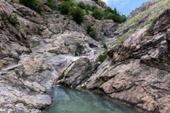 Piccolo lago della montagna Immagini Stock