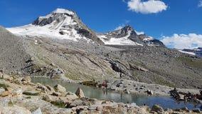Piccolo lago sul ghiacciaio Fotografia Stock