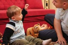 Piccolo neonato biondo Fotografie Stock Libere da Diritti