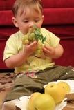 Piccolo neonato biondo Immagini Stock