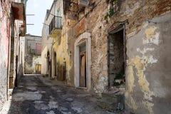 Piccolo paese nel del sud dell'Italia Immagine Stock Libera da Diritti